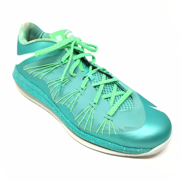 sports shoes 3839b fb22c Select Size to Continue. M 5c619bbe34a4ef1d2c6429ee